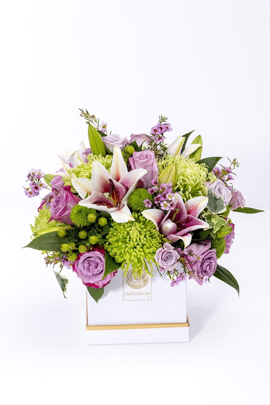 MORONI- Elegant Lilly & Purple Roses Box