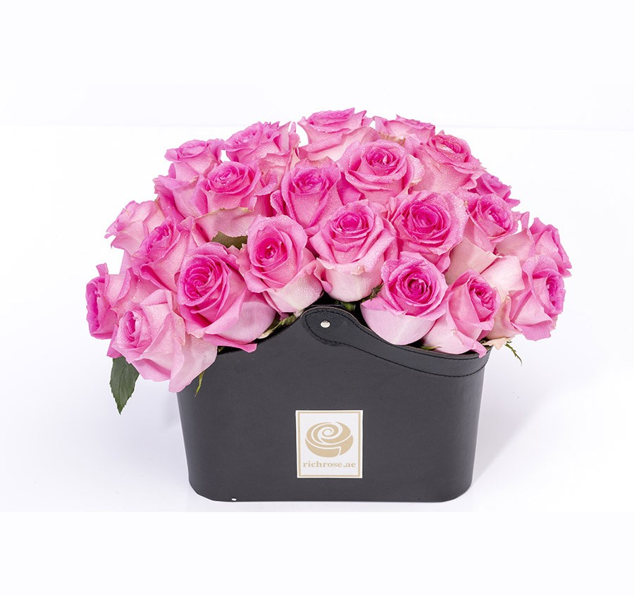 LOME- Graceful Pink Roses in a Box
