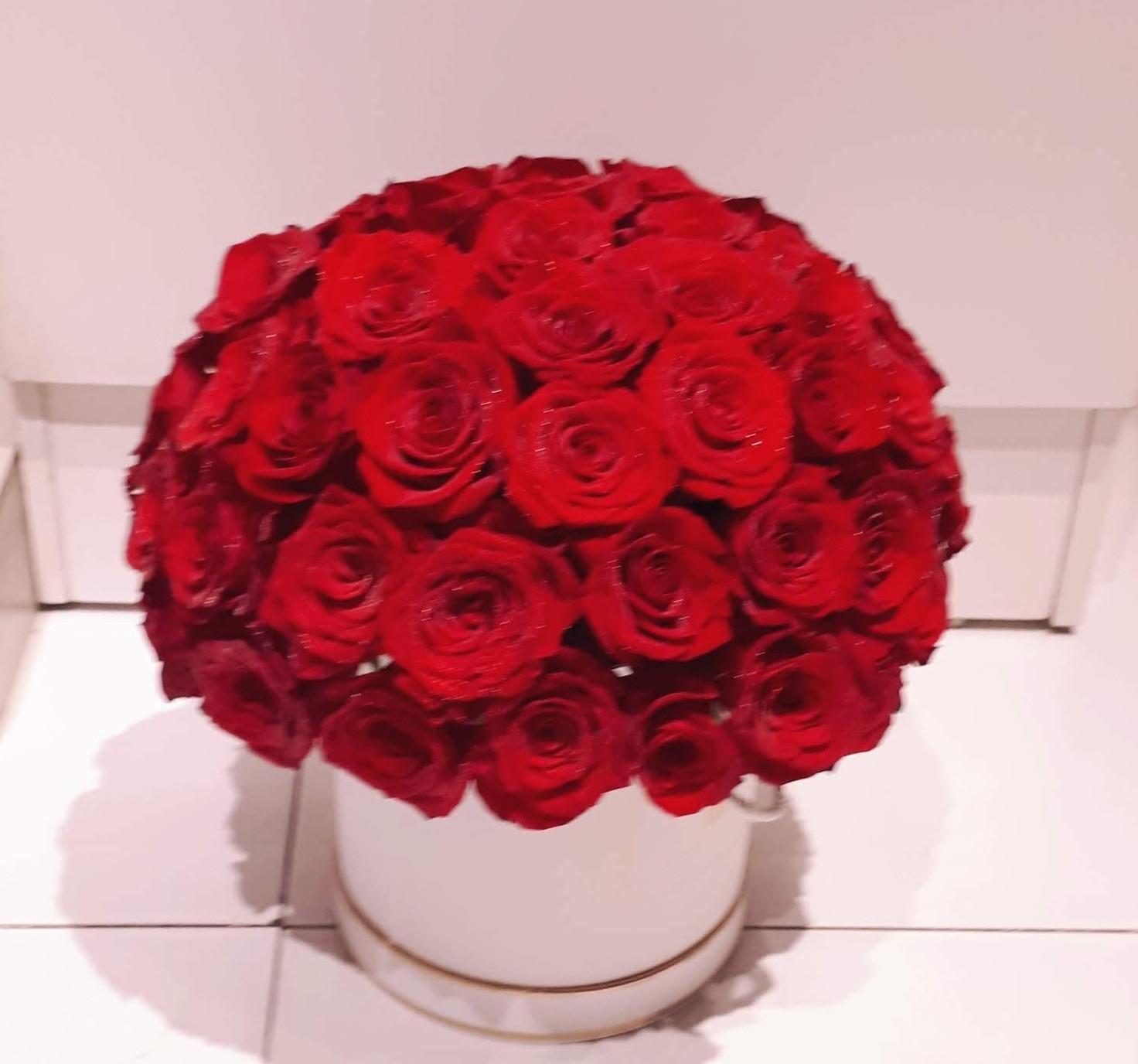 VIENNA- Majestic Red Roses Box Arrangement