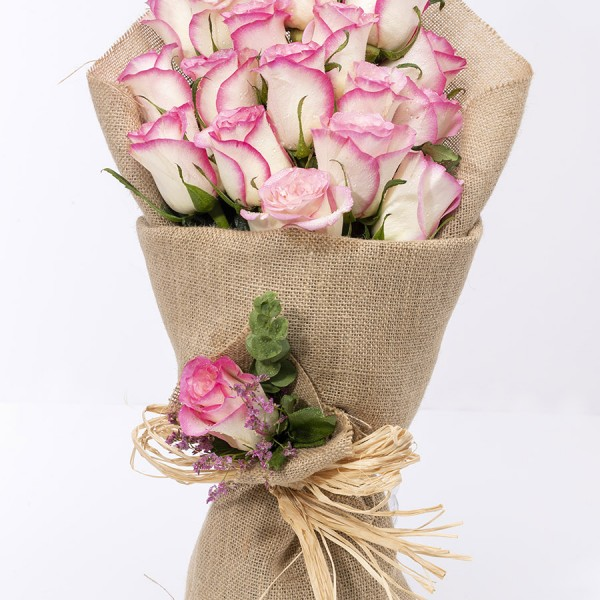 MAPUTO- White & Pink Roses Flower Bouquets