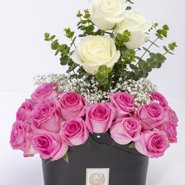 MASERU- Graceful White & Pink Roses Box